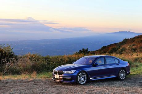BMWアルピナのフラッグシップモデル「B7ビターボ リムジン ロング」に試乗。608psの4.4リッターV8ツインタ...