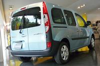 「ルノー・カングー」に黄、緑、青の特別仕様車の画像