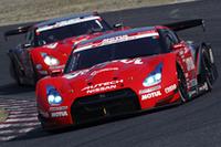開幕鈴鹿、NISMOの「GT-R」がワンツー・フィニッシュで完勝!【SUPER GT 08】