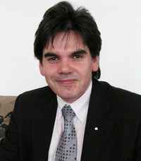 DSGのエンジニア、ミハエル・シェーファーさん。