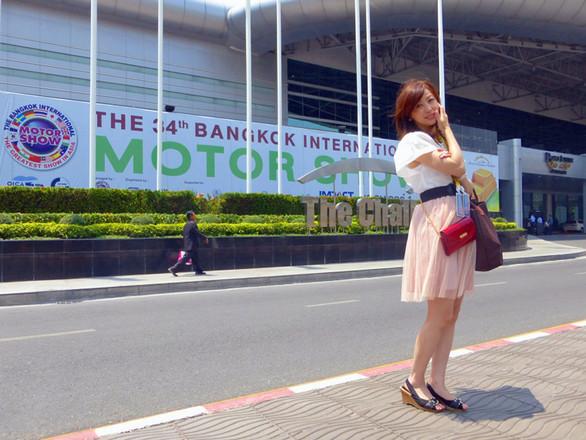 会場は、タイの首都バンコクの郊外にある「インパクト・アリーナ・ムアントンタニ」。バンコク国際モーターショー(以下、バンコクショー)は、2011年からこの会場で開催されていて、今年のショーは展示面積が過去最高の約6万平方メートル。(東京モーターショー2011、同2013は約3万5000平方メートル)