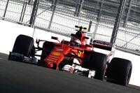 4戦目にしてようやく表彰台にのぼることができたフェラーリのライコネン(写真)。予選で僅差の2位、決勝ではボッタスに先行を許し結果3位となったが、僚友ベッテルとタイトルを争うハミルトンを4位にとどめておくという、フェラーリにとって大事なミッションを遂行できたことは大きな成果だ。(Photo=Ferrari)
