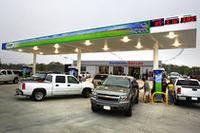 米GM、混合燃料E85ステーションの普及目指すの画像