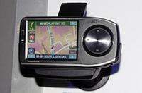 アルパインのblackbird。モニターは3.6インチでタッチパネル式。MP3プレーヤーとしても使える。
