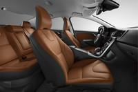 「ボルボS60/V60」に充実装備の特別仕様車