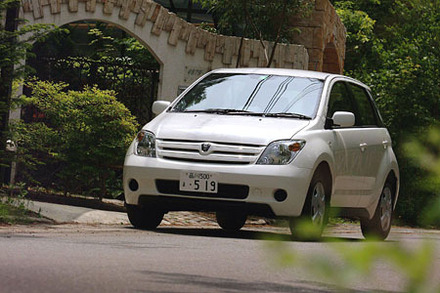 トヨタ・イスト 1.3F Lエディション/1.5S Lエディション(4AT/4AT)【試乗記】