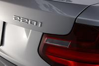 BMW 220iカブリオレ スポーツ(FR/8AT)【試乗記】の画像