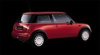 【スペック】MINI One:全長×全幅×全高=3626×1688×1408mm/ホイールベース=2467mm/車重=1040kg/駆動方式=FF/1.6リッター直4DOCH16バルブ(90ps/5500rpm、14.3kgm/3000rpm)/車両本体価格=195.0万円