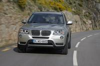 「BMW X3 xDrive28i」のエンジンが直6から直4にの画像