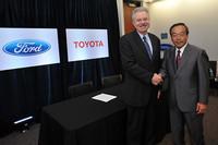 トヨタとフォード、ハイブリッド開発で協業の画像