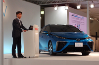この日は経済産業省 資源エネルギー庁の戸邉千広氏も登壇。水素ステーションの設置計画などについてプレゼンテーションを行った。