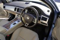 内装色にはシートやダッシュボード、センターパネルなどを組み合わせた4種類のカラーバリエーションが用意される。