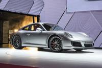 同じく、フランクフルトモーターショーでのカット。この最新型「911」は、形式名では「タイプ991 II」と呼ばれている。