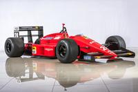 イベントの主役であるフィーチャリングマシンに選ばれた「フェラーリF187」(1987年)。鈴鹿で初めて開催されたF1日本GPで、ゲルハルト・ベルガーの手により優勝を果たした。中野信治がドライブする予定。