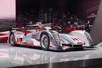 ルマンを始めとする世界の耐久レースで活躍するレーシングカー「アウディR18 e-tron クワトロ」。