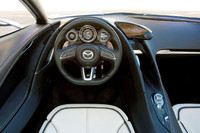 【Movie】マツダ新型コンセプトカーを発表の画像