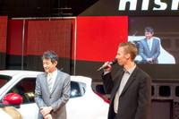 NISMOのチーフプロダクトスペシャリスト田中宏志氏(写真左)、NISMOレーシングドライバー ミハエル・クルム氏(写真右)。