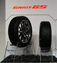 トーヨーがスタッドレスとエコタイヤの新製品を同時発表