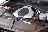 「A7スポーツバック 3.0 TFSIクワトロ」のエンジン。出力、燃費ともに向上した。