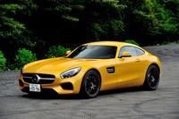メルセデスAMG GT S     ボディーサイズ:全長×全幅×全高=4550×1940×1290mm/ホイールベース:2630mm/車重:1670kg/駆動方式:FR/エンジン:4リッターV8 DOHC 32バルブ ツインターボ/トランスミッション:7AT/最高出力:510ps/6250rpm/最大トルク:66.3kgm/1750-4750rpm/タイヤ:(前)265/35ZR19 (後)295/30ZR20/車両本体価格:1840万円