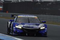 3位に入ったNo.100 RAYBRIG NSX CONCEPT-GT(山本尚貴/伊沢拓也組)。もてぎの最終戦は、3メーカーが表彰台を分け合う結果に。