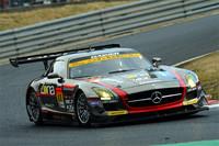 GT300クラスを制した、No.11 GAINER DIXCEL SLS。予選は3位スタートながら、GT3マシンの速さを見せつけた。