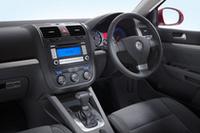 運転席まわりは「ゴルフ」シリーズ共通のデザインとなる。