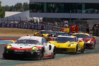 ルマン24時間レースには、市販車両をベースとしたGTマシンも多数出場。熱い戦いを繰り広げた。