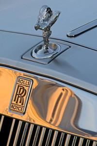 ロールス・ロイス、ファントムシリーズ、装備と価格を見直し