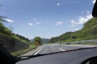 ミサワワイナリー、三澤農場へは中央高速を使うのが便利。韮崎ICで降りてから15分ほどで到着。