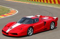 「エンツォ・フェラーリ」をベースに開発されたサーキット走行専用車「FXX」。