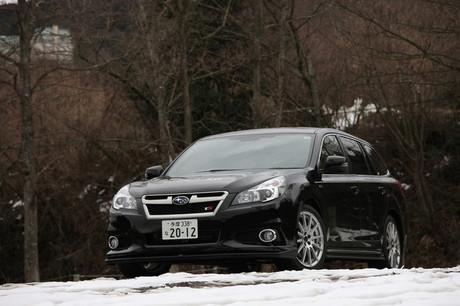 スバル・レガシィツーリングワゴン 2.5i EyeSight tS(4WD/CVT)……401万4000円「レガシィ」にSTI独自のス...