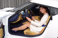 日産、EVのスポーツカー「ESFLOW」を出展【東京モーターショー2011】の画像