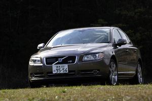 ボルボS80 3.2(FF/6AT)/V8 AWD(4WD/6AT【試乗記(前編)】