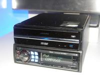 アルパインが参考出品した車載用HD DVDプレーヤー。いよいよ車内でもハイビジョンを楽しむ時代に!?