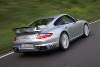 ポルシェ/911史上最もパワフルなモデル「911GT2」が登場【出展車紹介】の画像