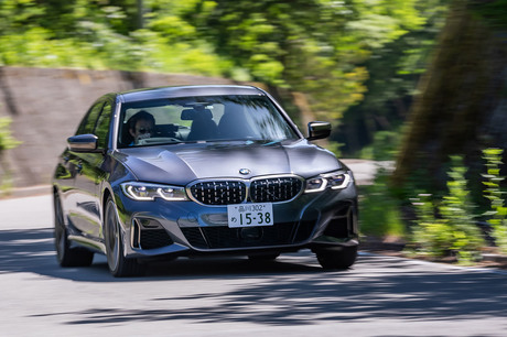 「BMW 3シリーズ」のハイパフォーマンスモデル「M340i xDrive」に試乗。強化シャシーと最高出力387PSを誇る...