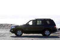 フォード・エクスプローラーXLT(4WD/5AT)【試乗記】の画像