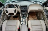 フォード・マスタングコンバーチブル センテニアルエディション(4AT)【試乗記】の画像