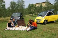 観光レンタカーの看板車種として、スマートを導入するところも増えてきた。(提供:CorMagis Travel/www.cormagistravel.com)