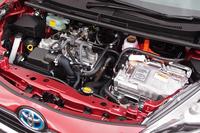 ハイブリッド車のパワーユニット。1.5リッター直4エンジンにモーターが組み合わされている。
