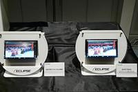「黒はより黒く、白はより白く写る」という、ハイコントラストを実現した「Vivid View Processor」の実力を2007年モデルと比較するデモが発表会で行われた。なお、写真はEGA液晶モデルの「668HD」。