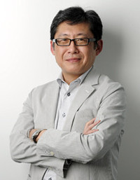 カカクコム 社長田中 実さん  たなか・みのる◎ 神戸市出身。東京外国語大学外国語学部ロシア語学科卒業後、三菱銀行(現三菱東京UFJ銀行)入行。銀行時代はヒューストン支店、台湾支店等で、経営管理業務を経験。2002年にカカクコム入社。06年に社長に就任し、現在に至る。