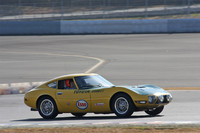 「ジャンクション」と題された、ヒストリックマシンのデモランより。1966年に当時の速度国際記録を樹立したスピードトライアル車両を復元した「トヨタ2000GT」。2000GTでその年の第3回日本グランプリに出場した田村三夫がドライブ。