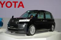 次世代タクシー「JPNタクシー コンセプト」。
