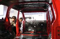 三菱の新型ミニバン「デリカD:5」デビューの画像