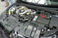 「GT」と「スポーツツアラーGT」に搭載される1.6リッター直4ターボエンジンは、205psと280Nmを発生する。