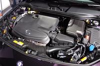 「CLA250シュポルト 4MATIC シューティングブレーク」の2リッター直4ターボエンジン。最高出力211psと最大トルク35.7kgmを発生する。