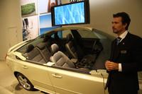 第374回:VOLVOイエテボリ取材で分かった驚愕の真実「新車の匂いは身体に悪い!?」の画像