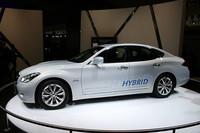 日産の高級ブランドであるインフィニティも「M35h」(フーガハイブリッド)を日本に先んじて公開。
